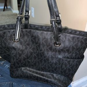 91ad718ac6f4 Women's Dillards Mk Handbags on Poshmark